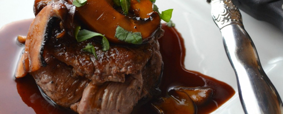 beef tenderloin with madeira wine sauce