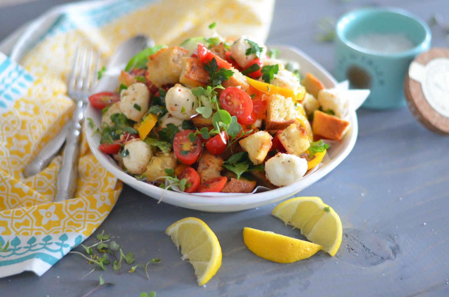Summer Garden Panzanella with Herb and Garlic  Croutons // Karista's Kitchen