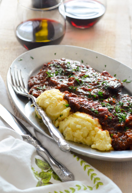 Old Fashioned Swiss Steak like Grandma used to make. Simple, wholesome and delicious // Karista's Kitchen