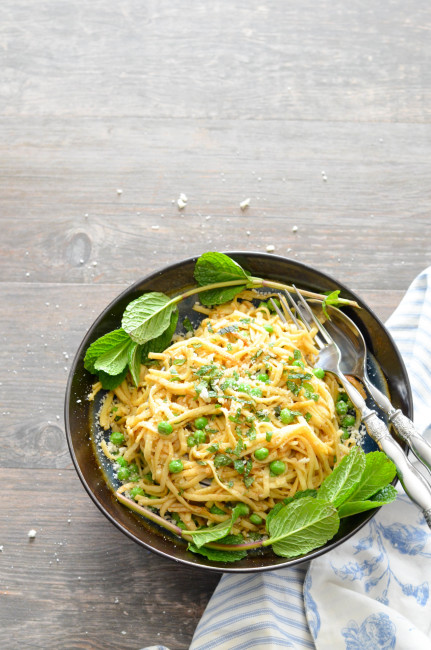 Linguine in Brown Butter with Parmesan, Peas and Mint // Karista's Kitchen