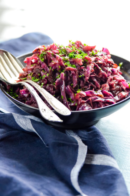 Braised Red Cabbage pairs perfectly with slow cooked pork roast, roast pork tenderloin or roast chicken // Find it at Karista's Kitchen